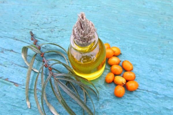oblepihovoe maslo 2 - Облепиховое масло от молочницы — эффективные рецепты при лечении кандидоза