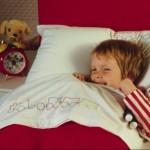 Как научить ребенка засыпать самостоятельно. метод закрытой и открытой двери