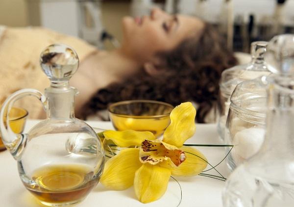 Популярные спа-процедуры в салонах_ароматерапия