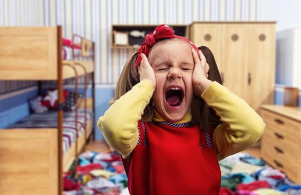 Как справиться с детской истерикой: 5 главных правил и советов психолога