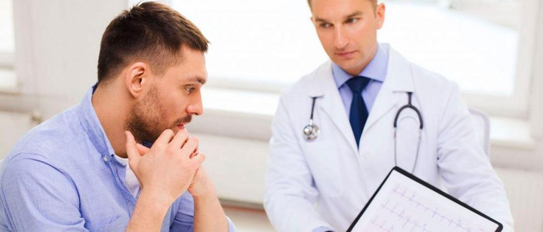 Белые выделения у мужчин на головке: причины