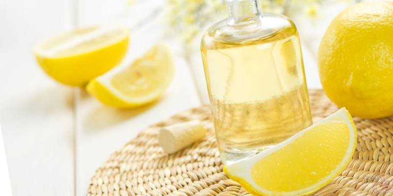 лимоном и оливковым маслом