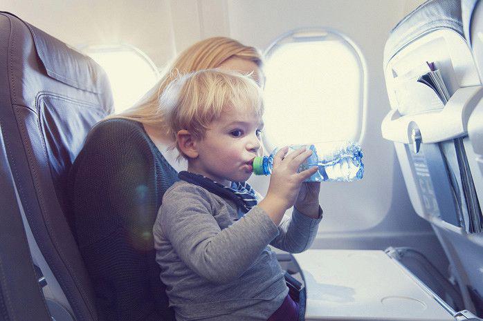 Ребенка тошнит в транспорте — кинетоз, укачивание: причины, симптомы