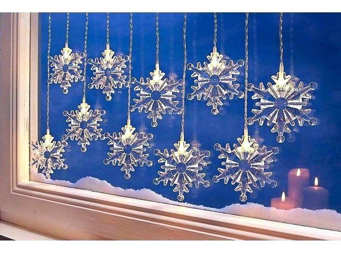 украсить окно к новому году из бумаги