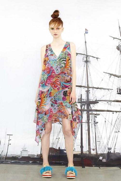 Создаем женственный гардероб: модные сарафаны 2019-2020 - фото