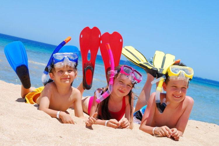 Детский отдых: лагерный или курорт?