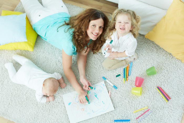 Работа на дому для мам - решение финансовых проблем для женщин в декрете